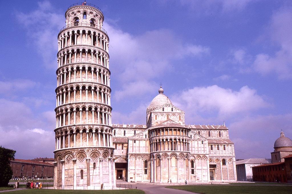 Ferde-torony Pisában