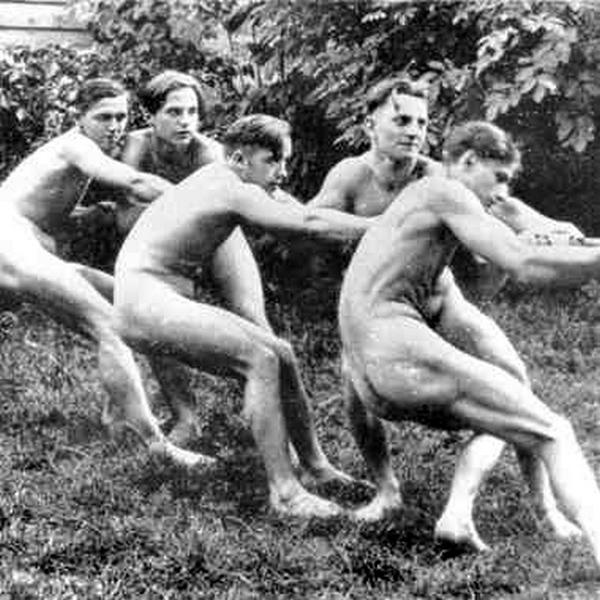 0edaa-nackthitlerjugend-germany-1930-occulthistorythirdreich-deutschla.jpg