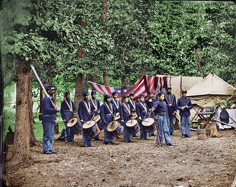 00_civil-war-union-drummers_cr.jpg