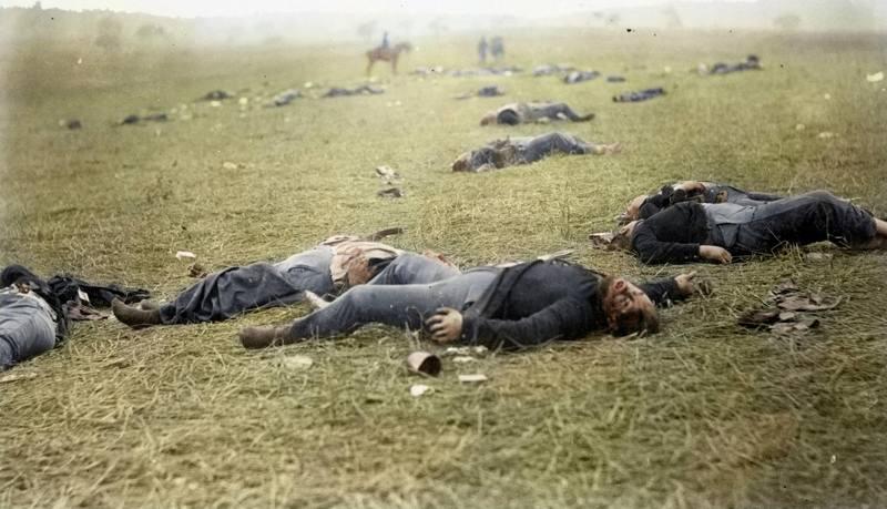 11_civil-war-gettysberg-dead.jpg