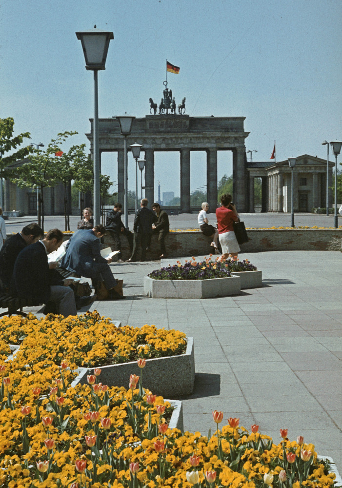 1968. Branderburgi kapu, Kelet-Berlin felől. 2.jpg