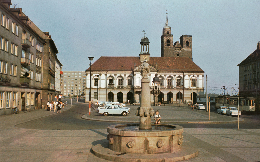 1971. Magdeburg. Piactér..jpg