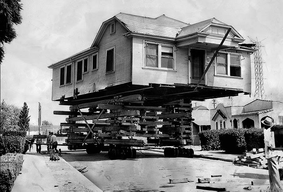 houses_moving_in_los_angeles_in_the_past_01_.jpg