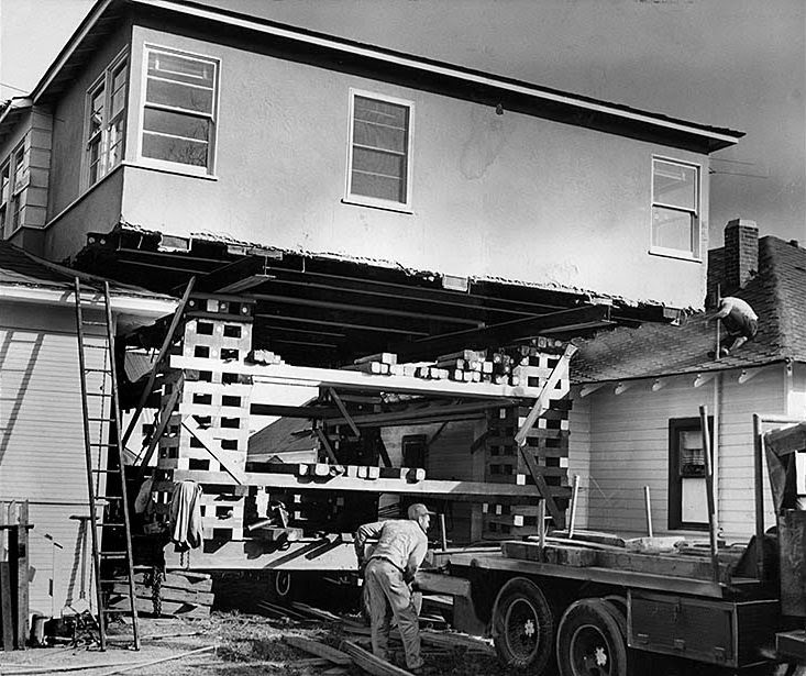 houses_moving_in_los_angeles_in_the_past_02_.jpg