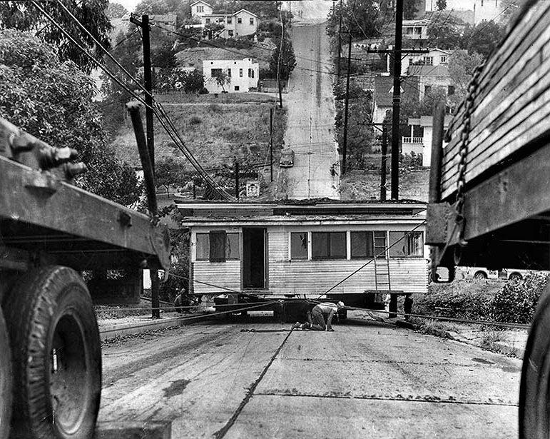 houses_moving_in_los_angeles_in_the_past_13_.jpg
