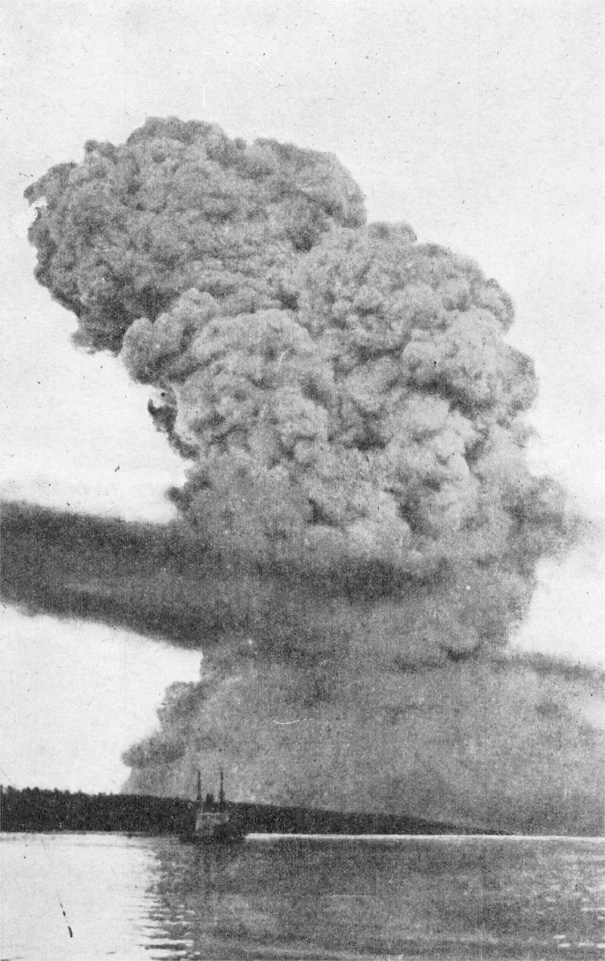 1917_-_halifax.jpg