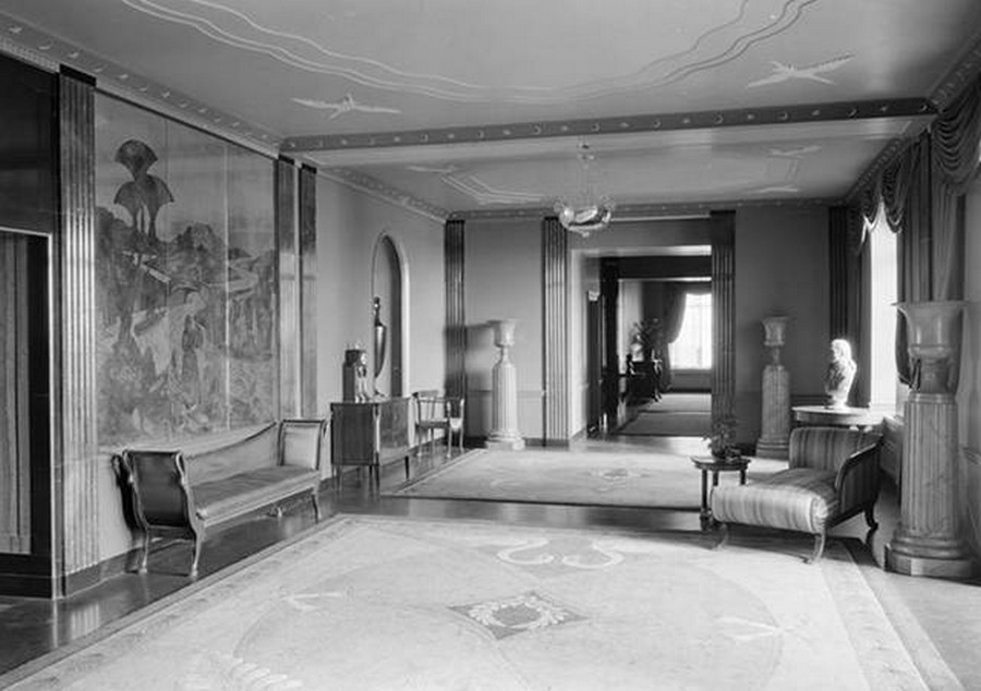 1931 .River House. Entrance foyer, north end.December 17, 1931. 52nd Street and East River.jpg