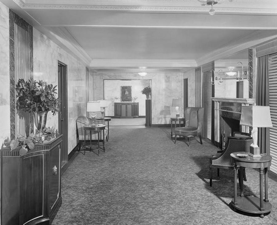1941. 400 West End Avenue. Lobby apartment. 1-1-1941.jpg