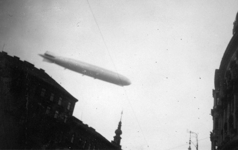 1931_zeppelin.jpg