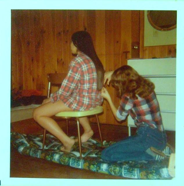 polaroid_prints_of_teen_girls_in_the_1970s_2816_29.jpg