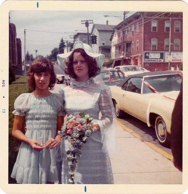 polaroid_prints_of_teen_girls_in_the_1970s_285_29.jpg