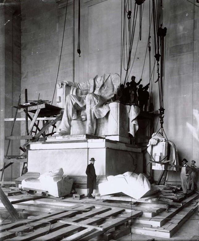 1922. Lincoln Memorial felújítása alatt..jpg