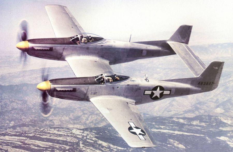 1945_az_xp-82-es_twin_mustang_prototipus_berepules_kozben.jpg