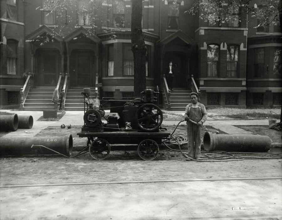 1915_korul_gazvezetek_epites_valahol_az_egyesult_allamokban.jpg