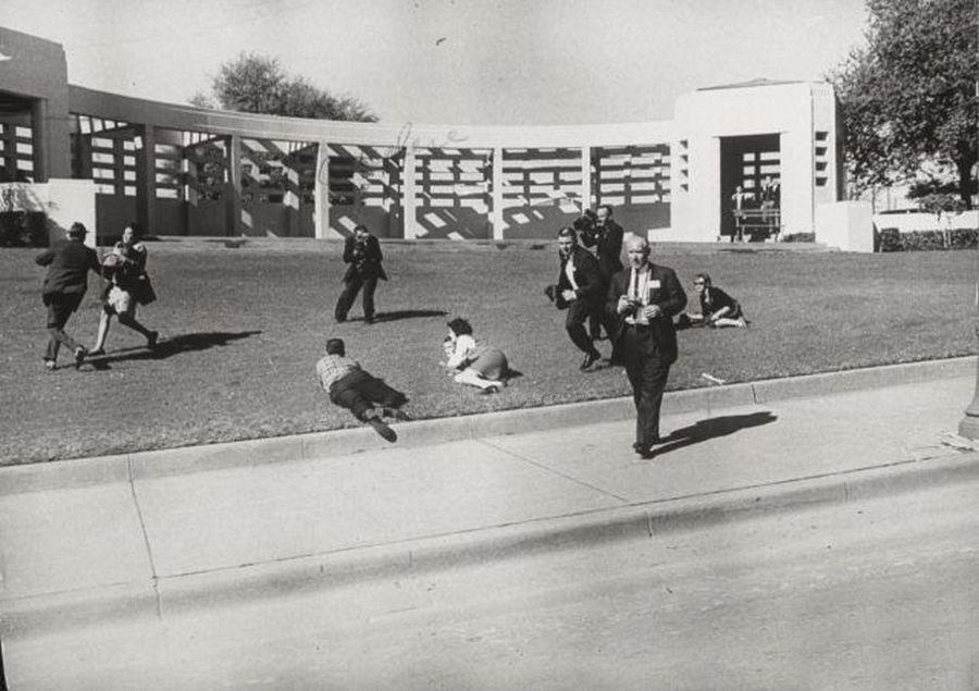 1963_dallas_a_kennedy-merenylet_utani_pillanatok.jpg