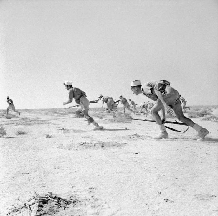 1942_a_francia_idegenlegio_a_libiai_bir_hakeim-nel_a_tengelyhatalmak_bazisat_tamadja.jpg