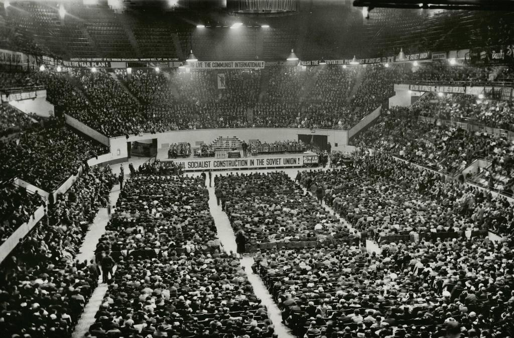 1931_kommunista_tomeggyules_a_new_york-i_madison_square_gardenben.jpg