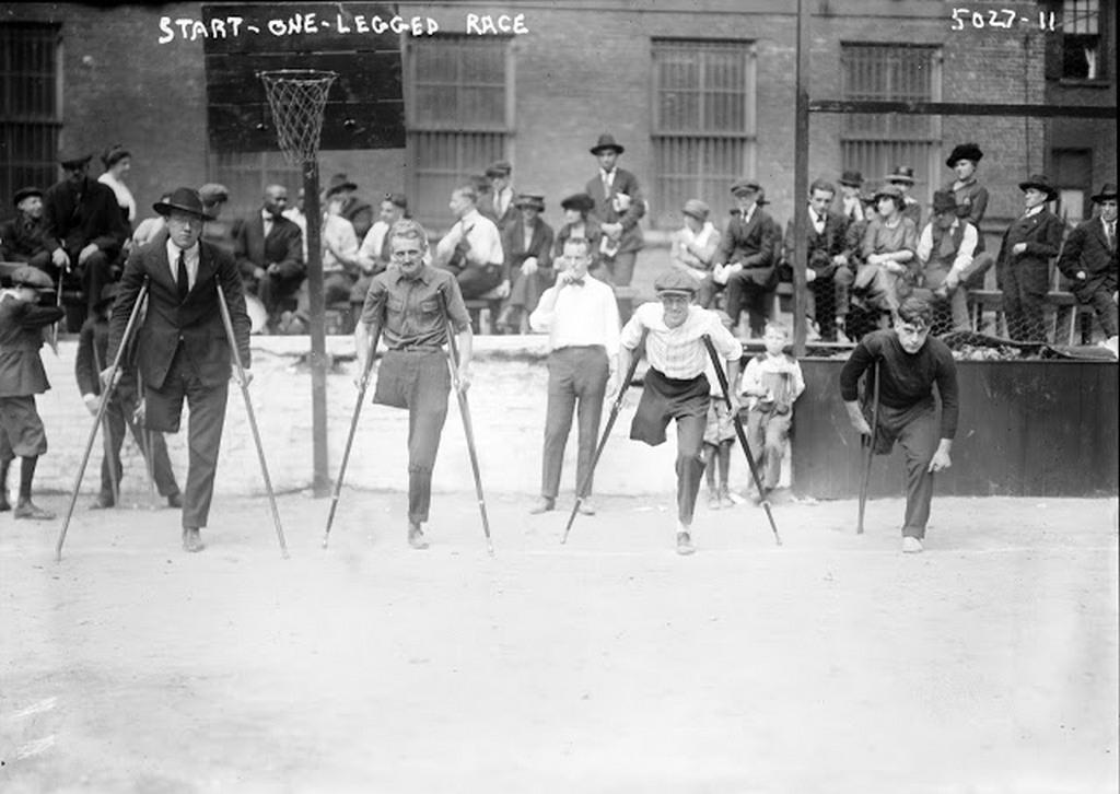 1919_fellabu_veteranok_futoversenye_new_york.jpg