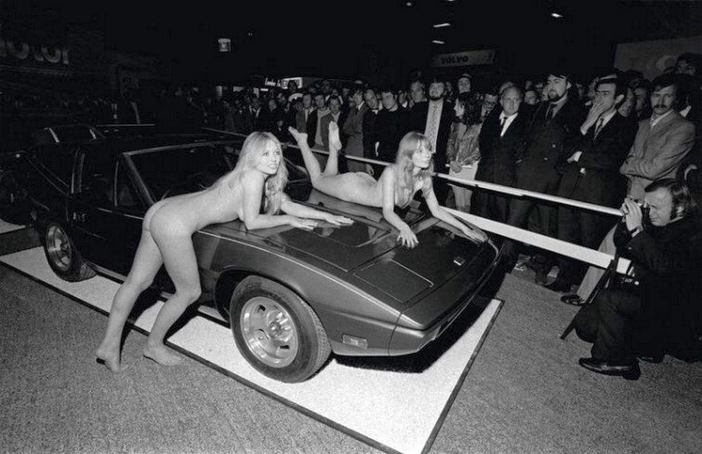1971_a_london_motor_show_tvr_standja_pucer_lanyokkal.jpg