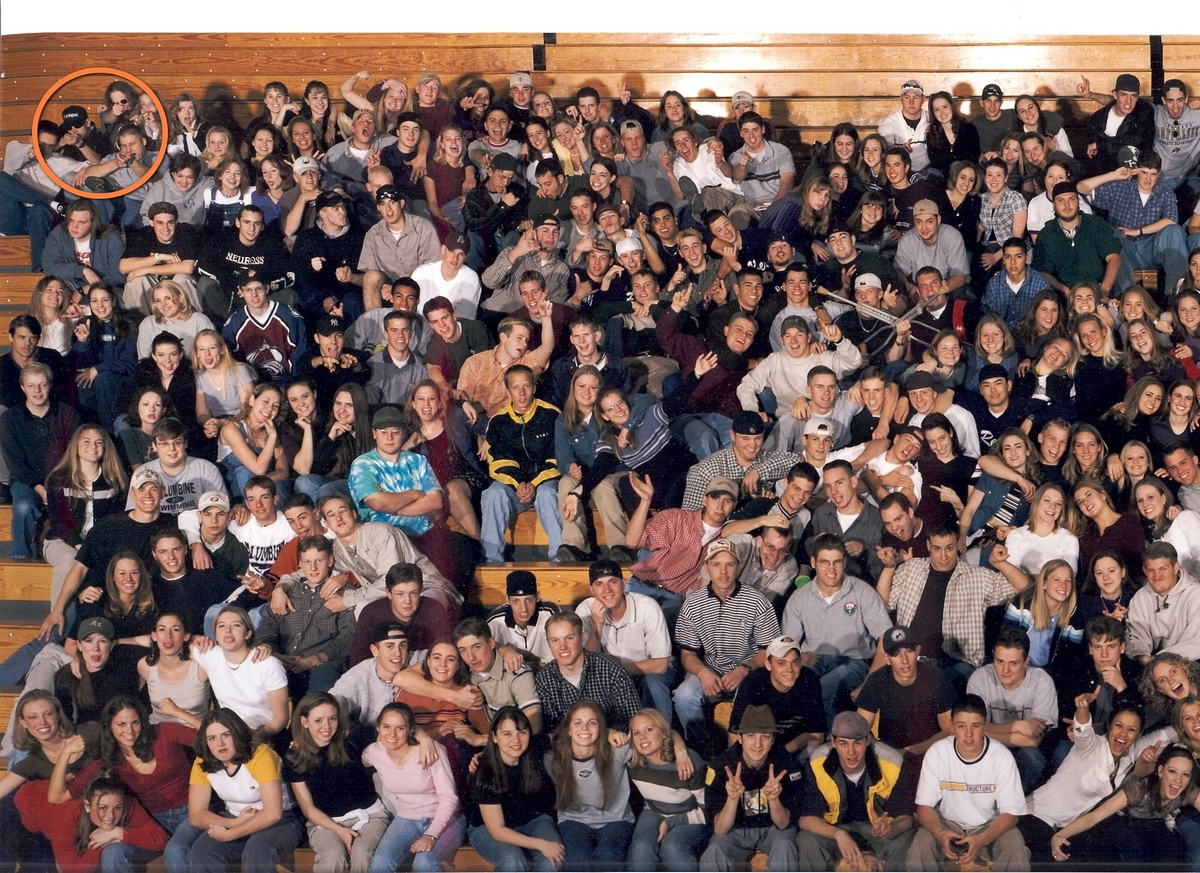1999_a_columbine_kozepiskola_1999-es_vegzos_evfolyama.jpg
