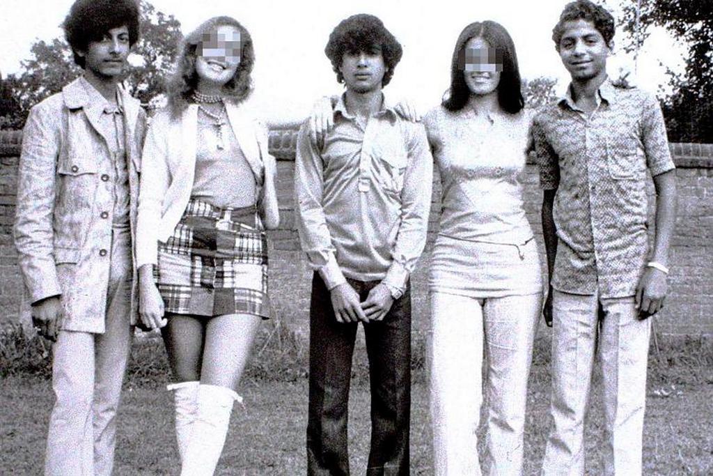 1971_osama_bin_laden_jobbrol_oxfordban.jpeg