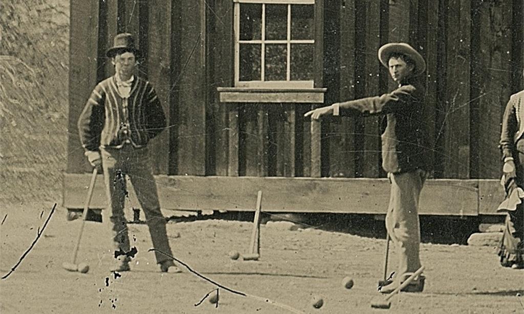 1878_nemreg_fellelt_foto_az_uj-mexikoban_krikettezo_billy_a_kolyokrol_eddig_mindossze_egyet_rola_keszult_kepet_ismertunk_billyrol.jpeg