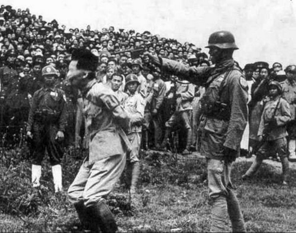 1947_general_tani_masuo_who_oversaw_the_nanking_massacre_executed_1947_found_guilty_of_war_crimes_by_chiang_kai-shek_poetically_executioner_was_a_chinese_vet_surviver_og_nanking_messacre.jpg