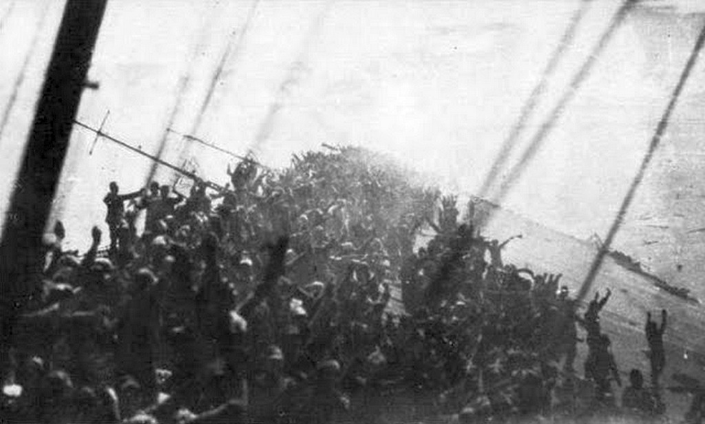 1944_crew_of_the_japanese_carrier_zuikaku_give_one_final_banzai_cheer_before_the_ship_sinks.jpg