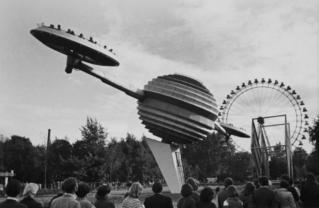 1978_a_szaturn_a_moszkvai_gorkij_parkban.png