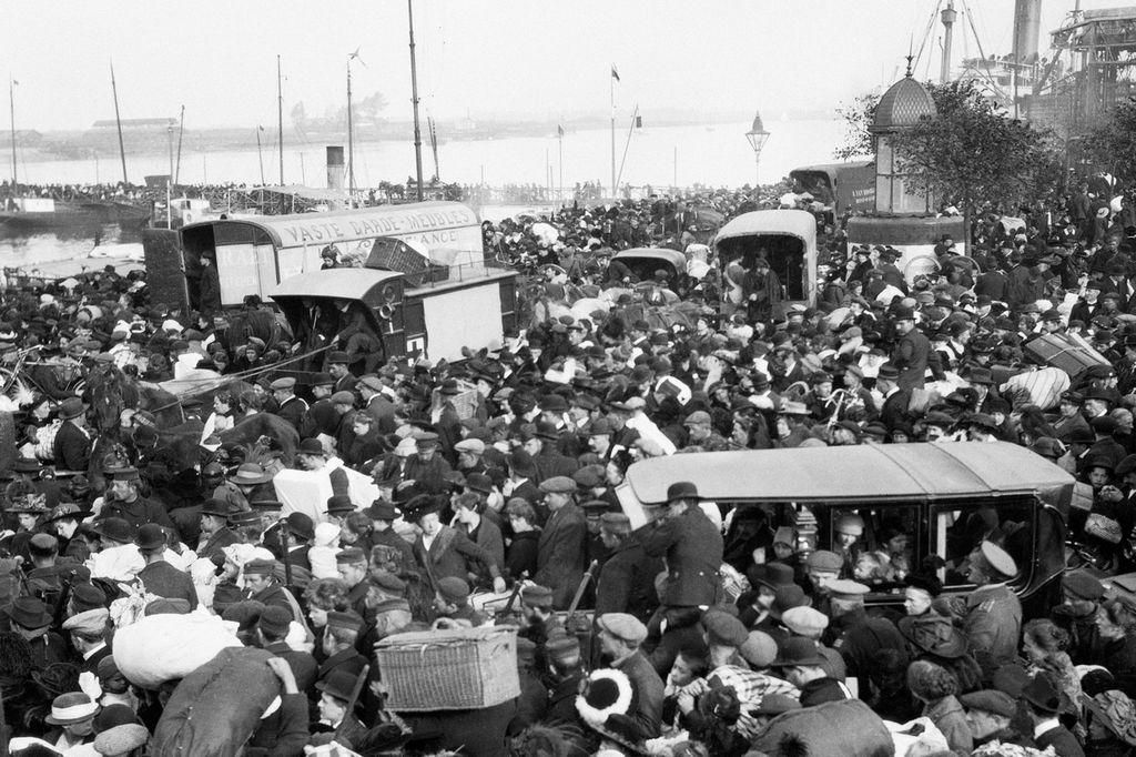 1914_tulekedes_az_antwerpeni_kikotoben_a_belga_fovaros_ostroma_idejen_az_elso_vilaghaboruban_a_nemet_csapatok_elfoglaltak_antwerpent.jpg