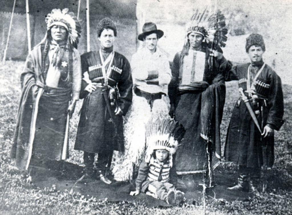 1900_indianok_cowboyok_es_gruzok.jpg