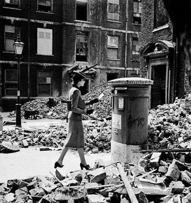 1940_london_blitz.jpg