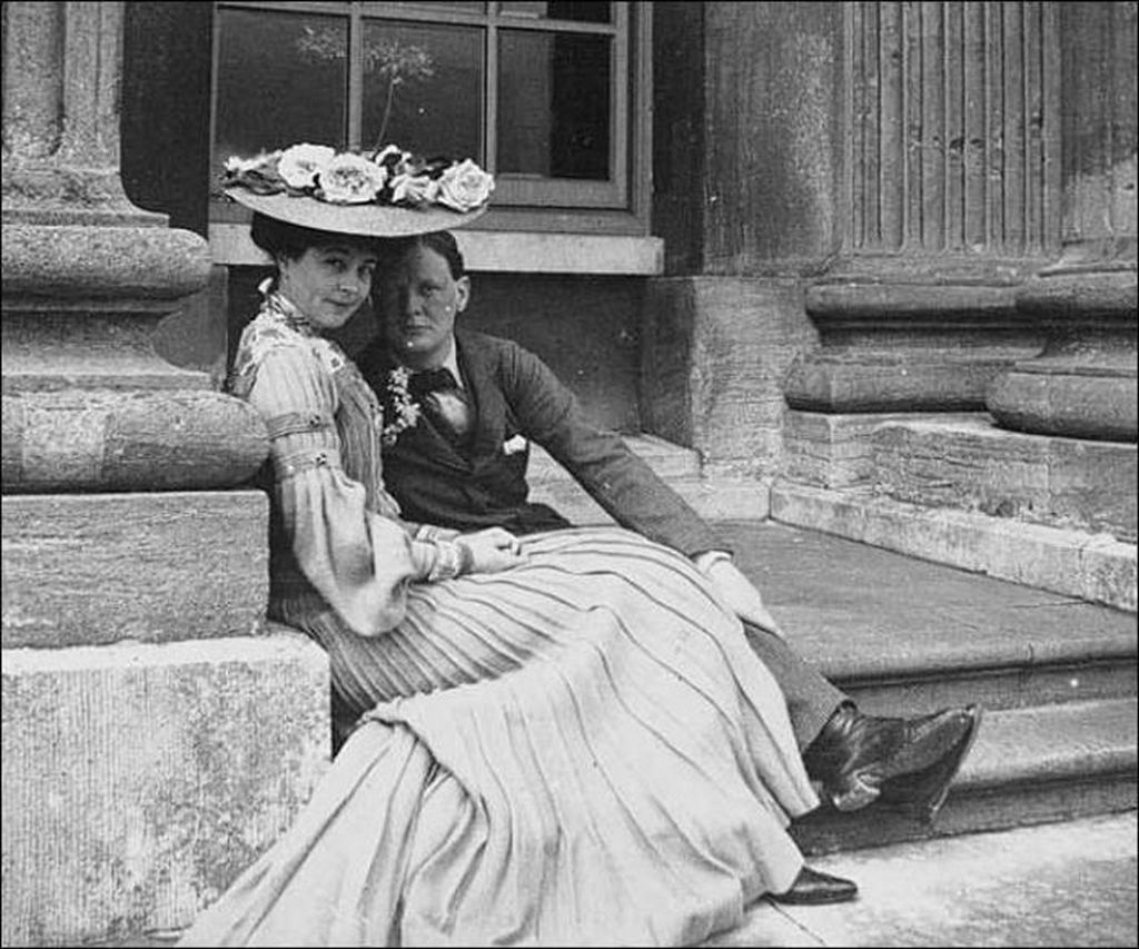 1902_winston_churchill_and_consuelo_vanderbilt.jpg
