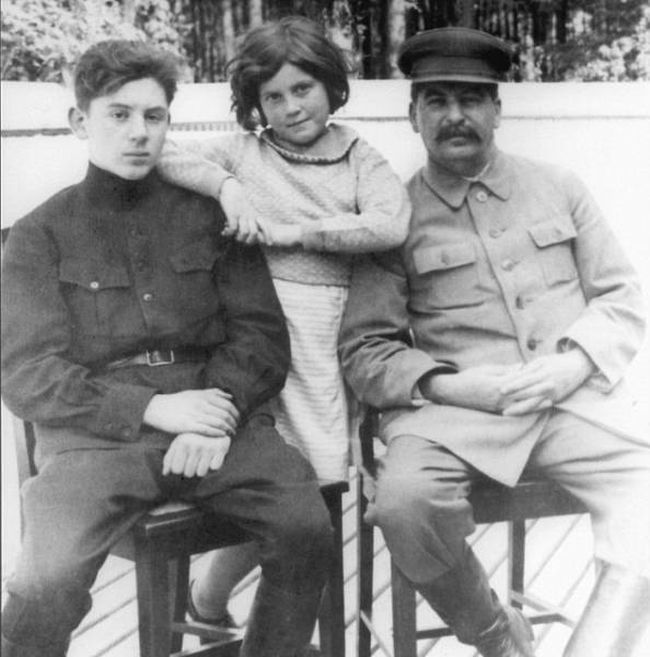 1934_joseph_stalin_with_his_two_children_vasily_and_svetlana.jpg