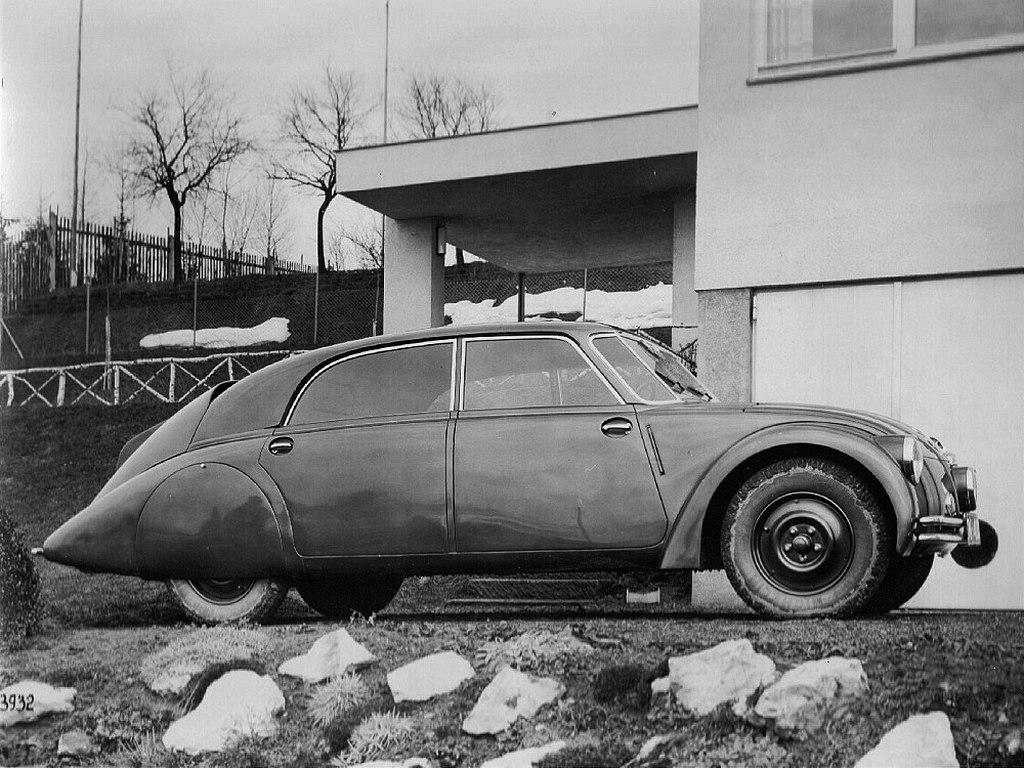 1934_tatra_t77_csehszlovakiaban_reklamfoto.jpg