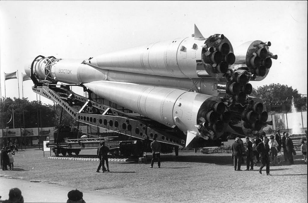 1967_szeptembere_a_szovjet_vosztok_hordozoraketa_a_budapesti_kereskedelmi_es_ipari_kiallitason.jpg