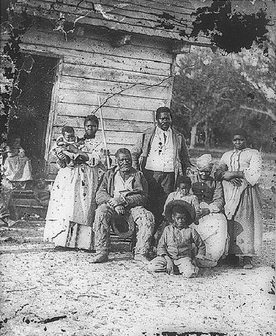 1862_slave_family_on_a_plantation_beaufort_south_carolina.jpg