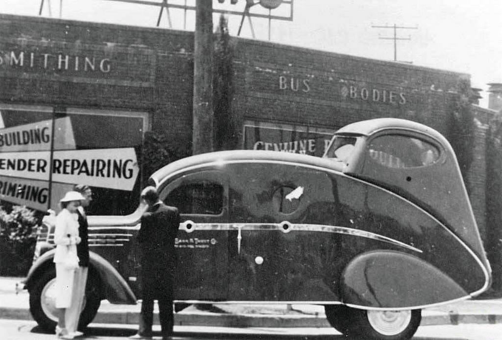 1936_pancelozott_penzszallito_auto_usa.jpg