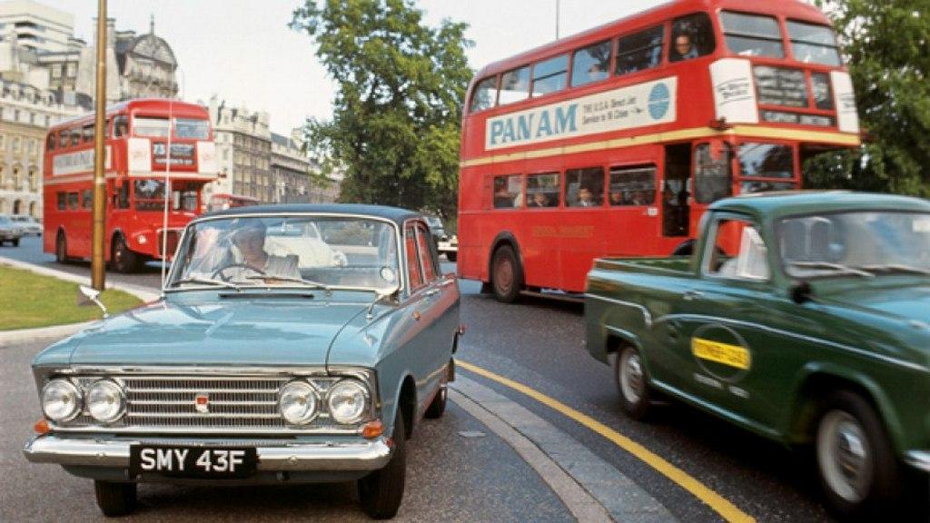 1967_egy_moszkvics_londonban.jpg