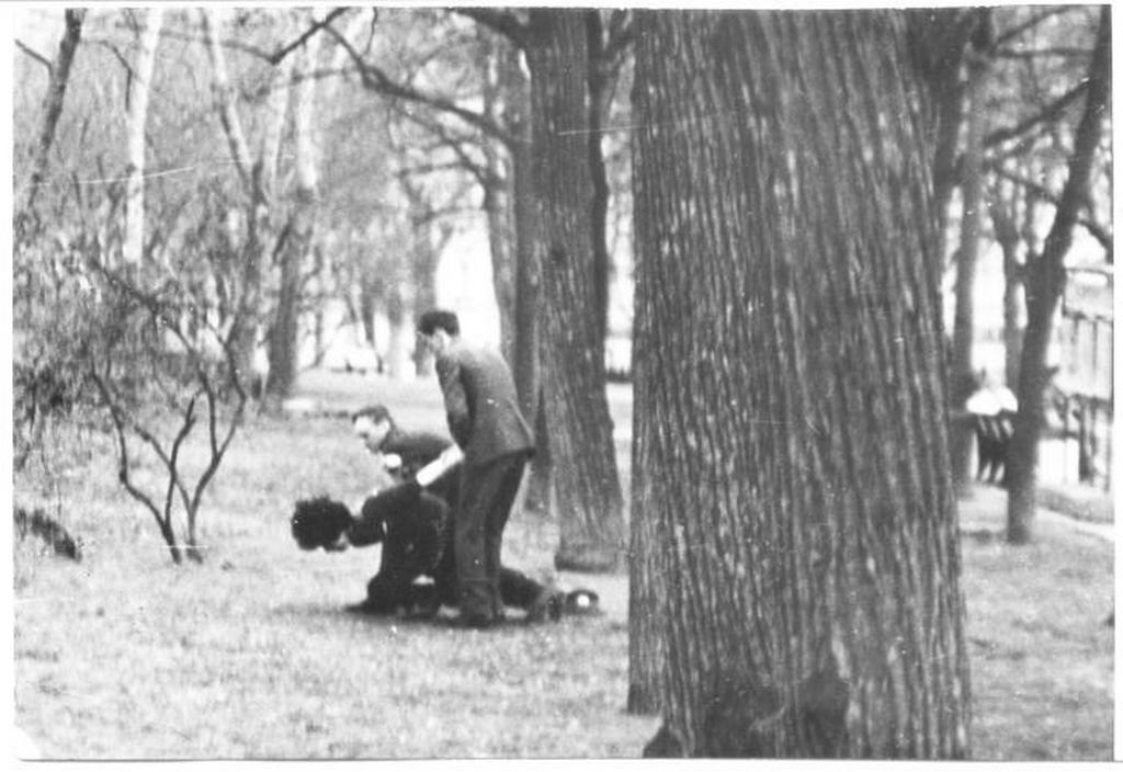 1986_polis_csavar_hippik_gogol_1986_moszkva.jpeg