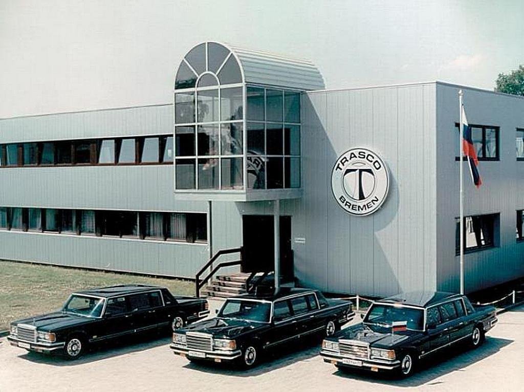 1992_pancelauto_zil-41047_trasco_brema_jelcin.jpeg