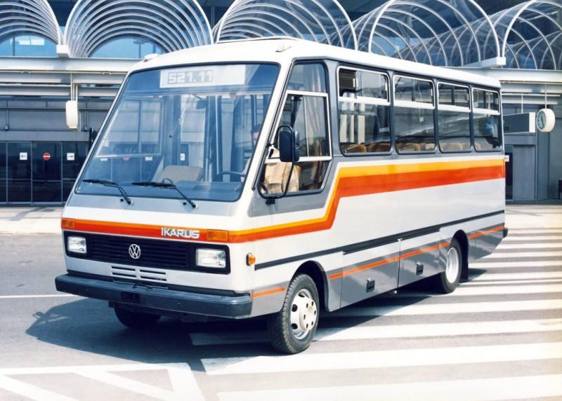 1985-89_kozott_alvazat_hasznalt_volkswagen_lt_55_family_ikarus_521_szerepel_a_varosi-elovarosi_busz.jpg