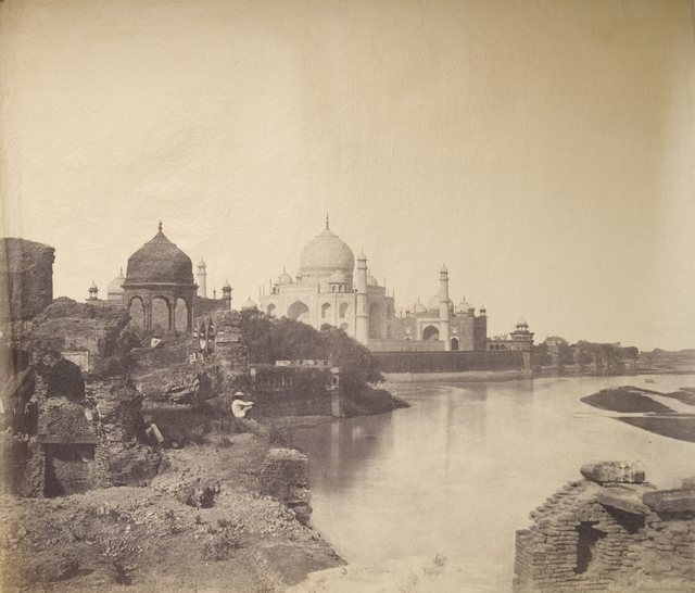 1855_korul_the_earliest_known_photo_of_the_taj_mahal.jpg