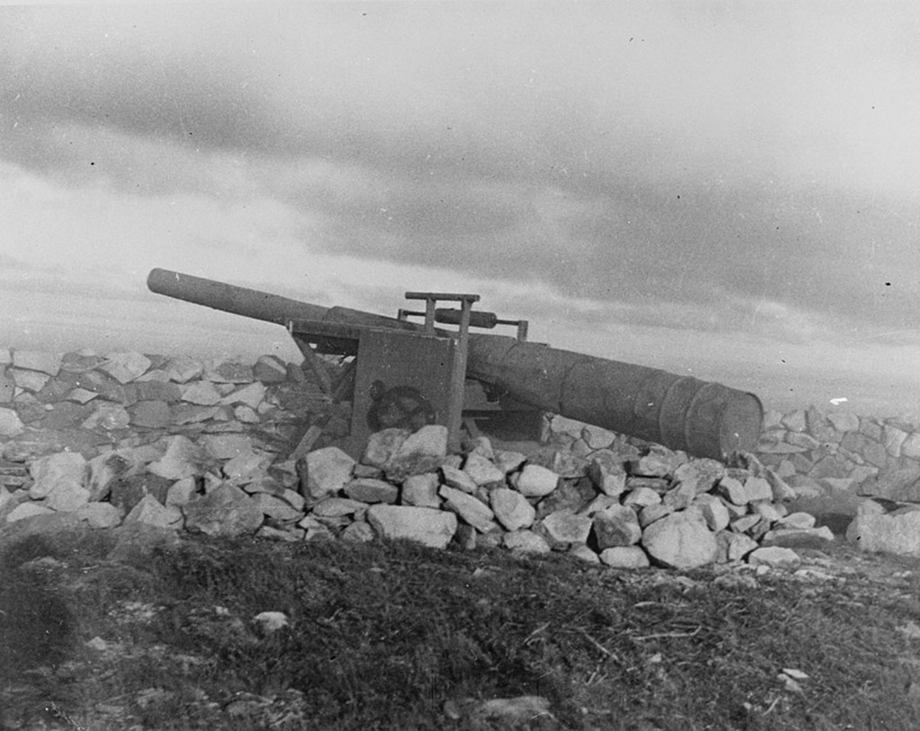 1942_dummy_wwii_coastal_battery_near_blackhead_newfoundland.jpg