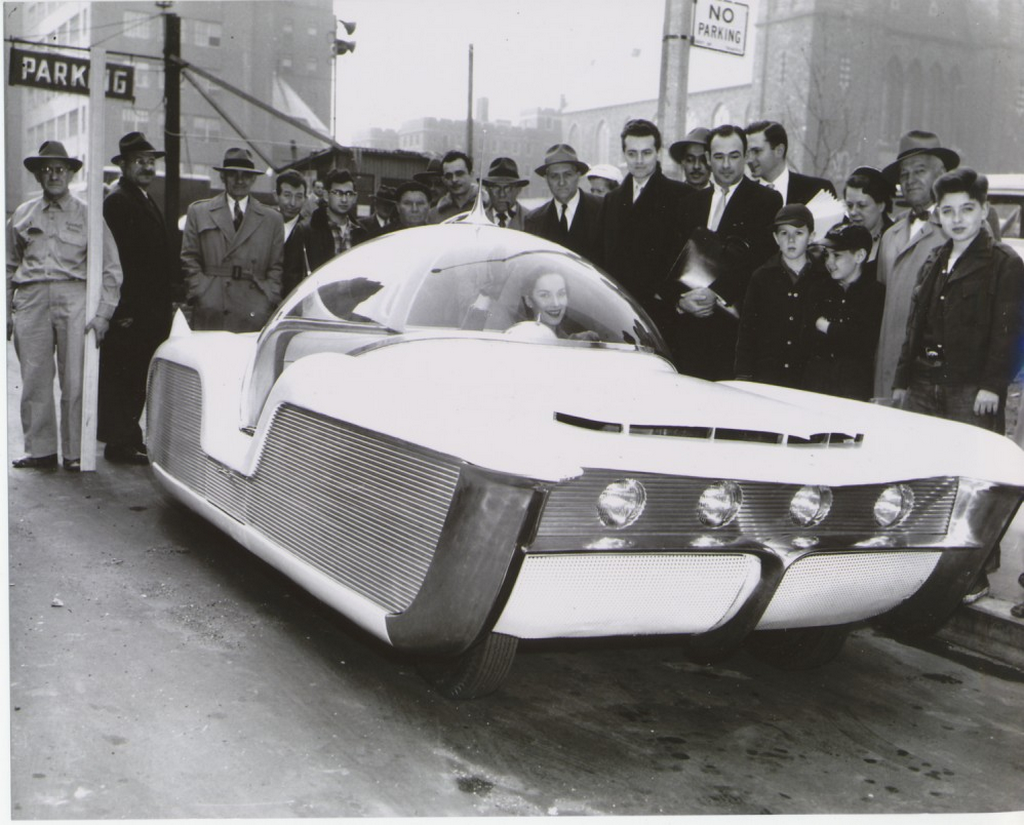 1956_the_astra-gnome_described_as_a_time_and_space_car_at_the_new_york_auto_show.png