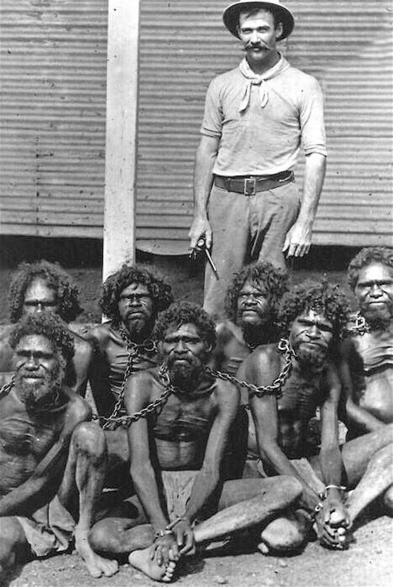 1900s_captive_chained_aboriginals_early_1900s_wyndham_prison_western_australia.jpg
