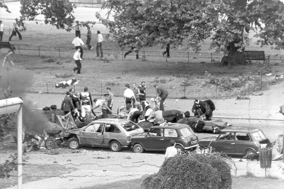1982_julius_20_hyde_park_bombing_5_men_7_horses_died_ira_carbomb.jpg