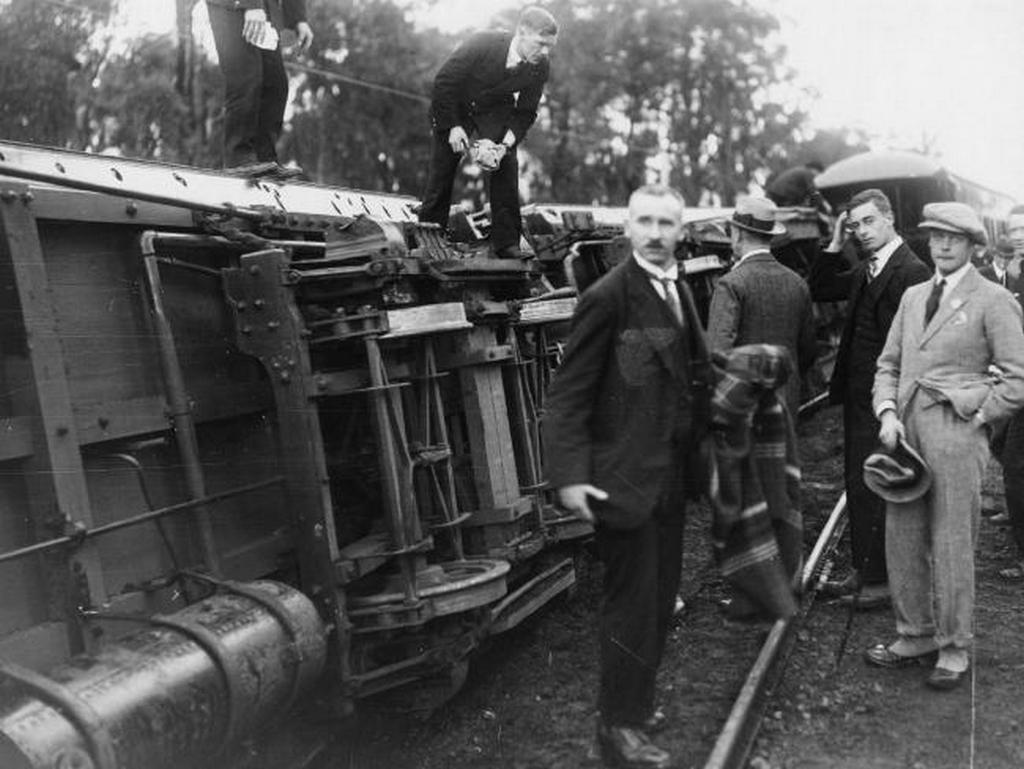 1920_the_prince_of_wales_later_king_edward_viii_right_escapes_unhurt_from_a_train_crash_south_of_perth.jpg