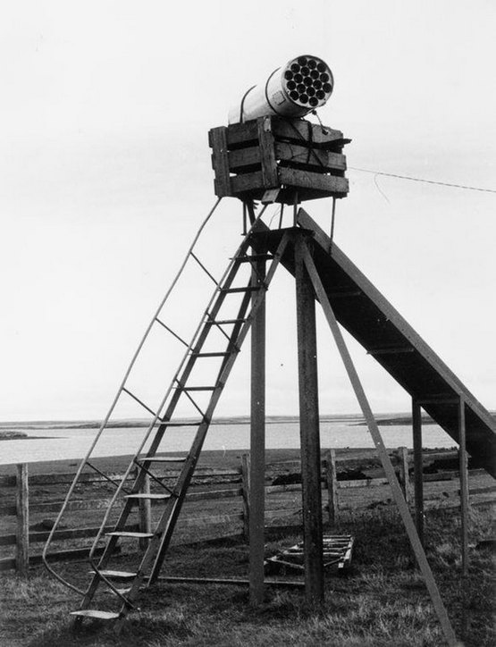 1982_an_argentine_rocket_launcher_mounted_on_a_child_s_playground_slide_goose_green_falkland_islands_m261_70mm_19_tube_launcher.jpg