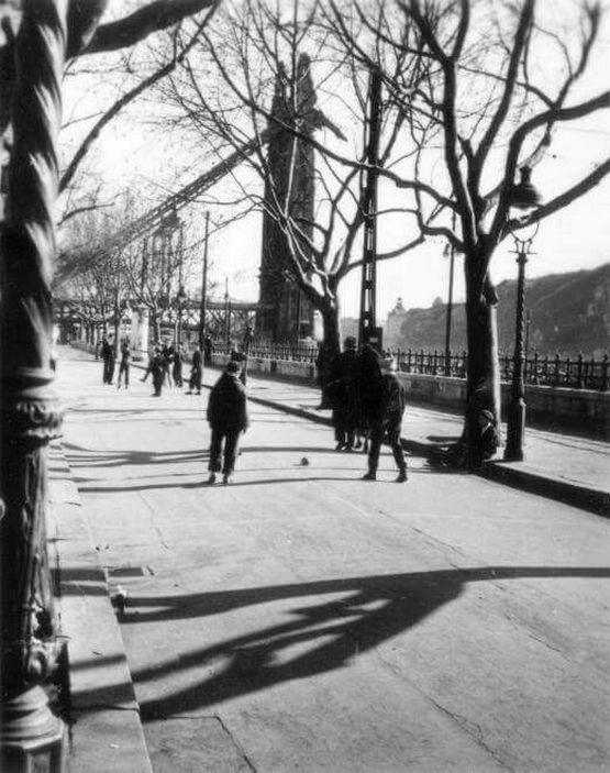 1958_foci_a_dunakorzon.jpg